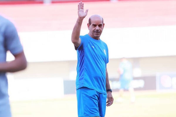 شریفی: فوتبال دوستان از ستاره های آینده حمایت کنند