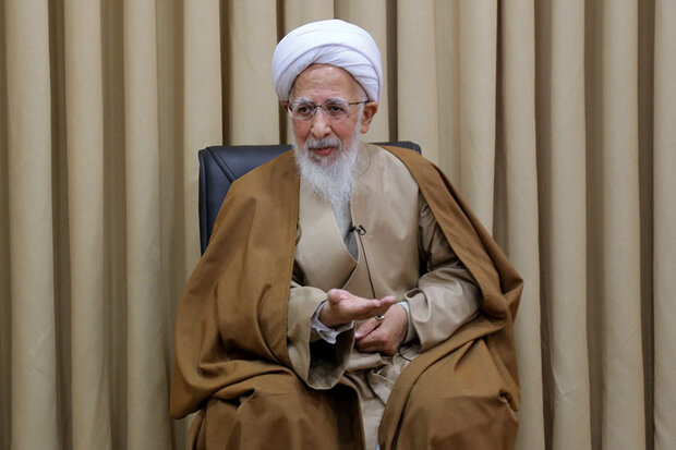Ayatollah Amoli calls for preventing insult to any religion