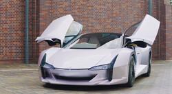 تولید یک خودروی سبک و قدرتمند با بدنه ای از جنس فیبر نانو سلولزی
