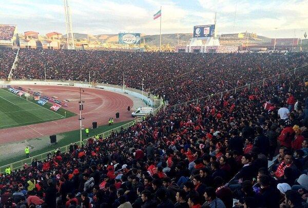 جو ورزشگاه یادگار امام تبریز در روز بازی تراکتور- استقلال