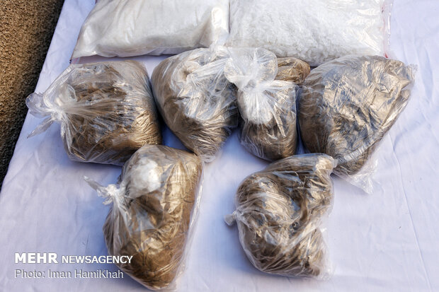 ۲۳۰ کیلوگرم موادمخدر در یزد کشف شد