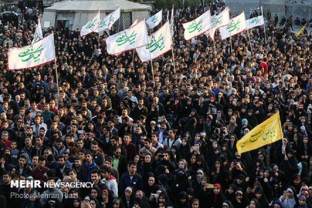 برگزاری اجتماع مردمی بیعت با امام عصر(عج) در کرمانشاه