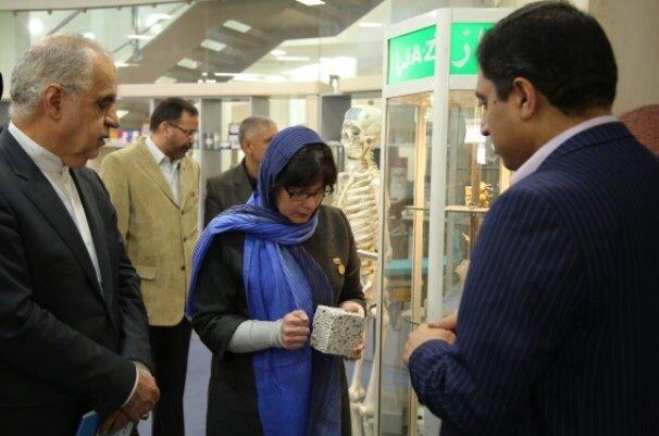 همکاری ایران با ونزوئلا در زمینه علم و فناوری