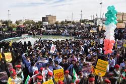 حماسه حضور مردم شیراز در ۱۳ آبان/ مرگ بر آمریکا اولویت اول