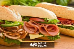 آیا ضایعات مرغ و گوشت در سوسیس و کالباس استفاده میشود؟