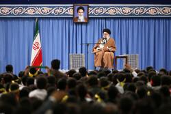 رہبر معظم انقلاب اسلامی سے ایرانی طلباء اور طالبات کی ملاقات