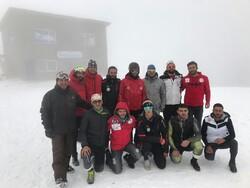 آغاز اردوی عجیبترین تیم ملی اسکی آلپاین/ دو اسکی باز برتر دعوت نشدند