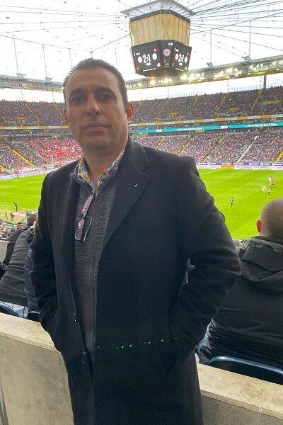 رئیس هیات فوتبال جزیره کیش با حضور در آلمان از باشگاه بایرن مونیخ و امکانات ویژه این باشگاه بازدید به عمل آورد.