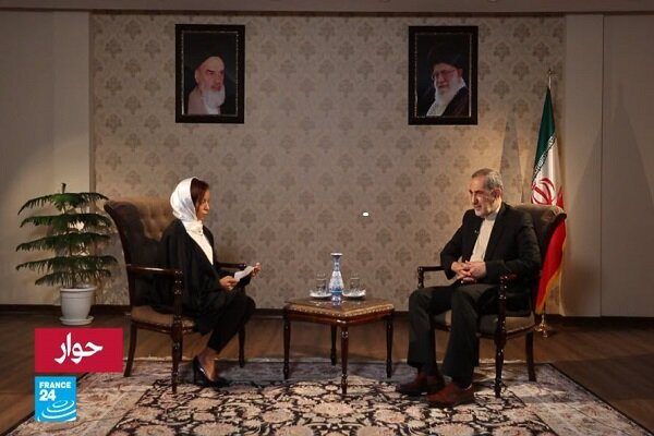 Concerning JCPOA, France, European countries are playing with Iran : Velayati