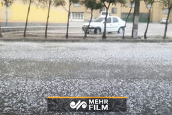 VIDEO: Heavy hail in Bandar Abbas