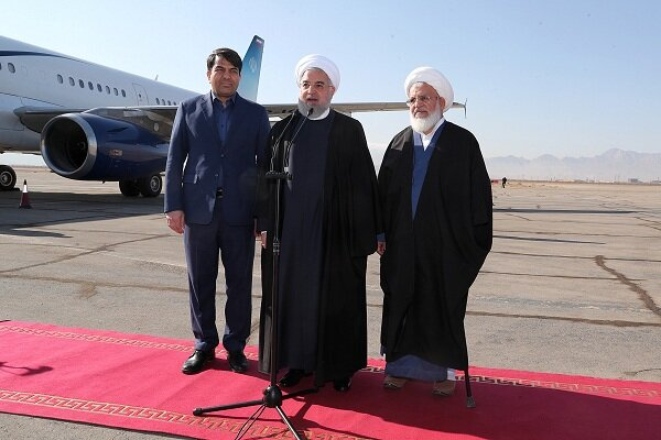 Pres. Rouhani arrives in Yazd to inaugurate two projects