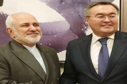 FM Zarif meets with his Kazakh counterpart