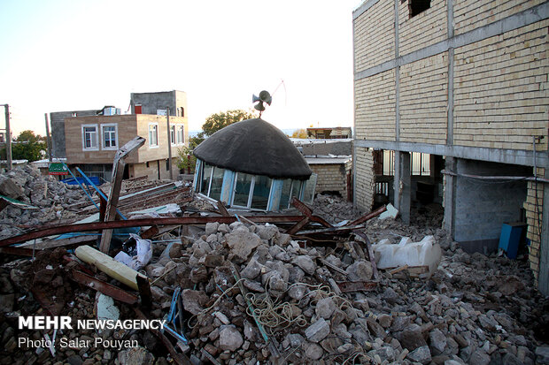 quake-hit areas in NW Iran