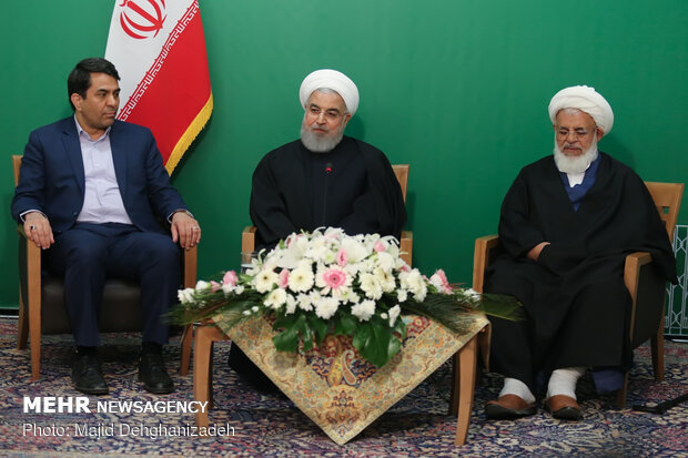 President Rouhani inaugurates various projects in Yazd province