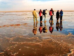Hoz-e Sultan: Discover huge natural mirror in central Iranian plateau