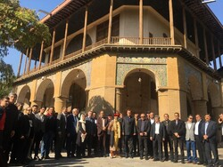 Tens of Russian guests tour Qazvin historical sites