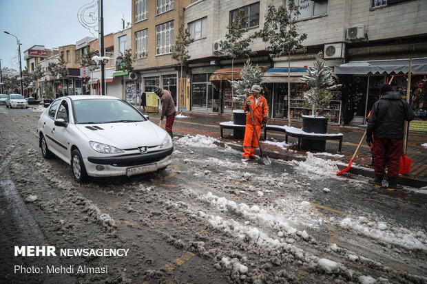 Zanjan covered in snow