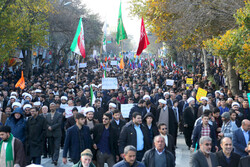 People of Ardabil rally in condemnation of 'hooligans'