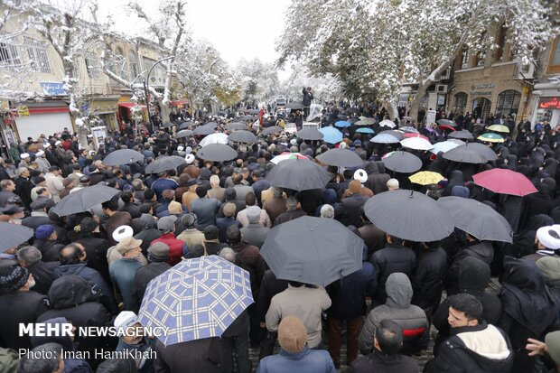 Hamedanis rally to support security against disturbers