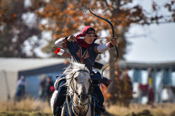 Intl. horseback archery competitions in Iran