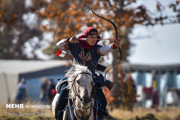 Mehr News Agency - Intl. horseback archery competitions in Iran