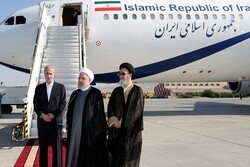 Pres. Rouhani arrives in Tabriz to inaugurate development projects