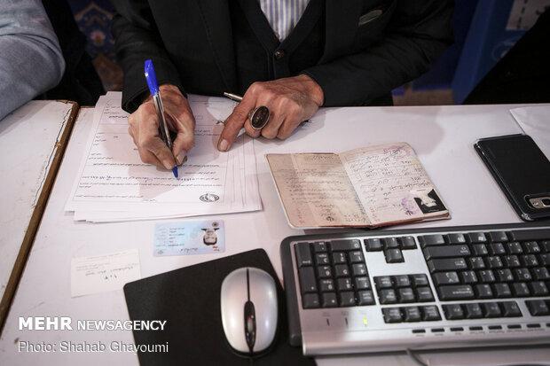 حضور ۶ نفر برای ثبت نام انتخابات مجلس در دزفول/یک ثبت نام قطعی شد