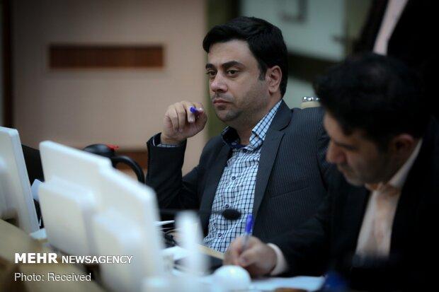 نشست جمعی از تشکل های دانشجویی با وزیر بهداشت