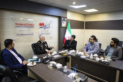 """الادميرال """"أمير رستكاري"""" يتفقد مقر وكالة مهر للأنباء/صور"""
