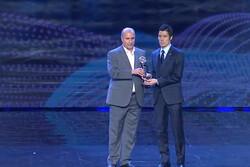 توموكي يوشيكا من اليابان يحصد جائزة أفضل لاعب بكرة الصالات