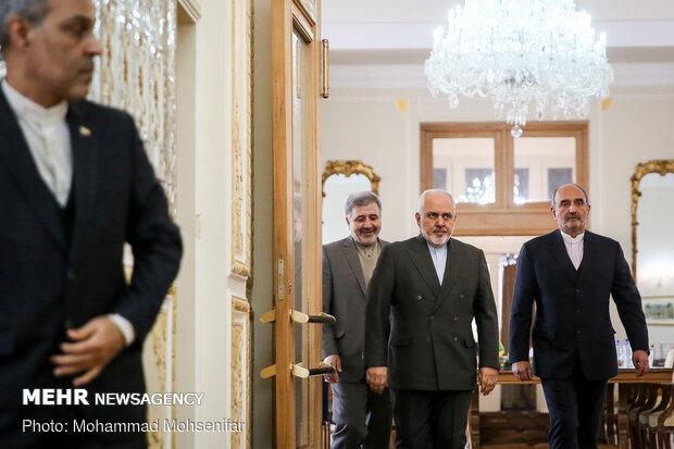 دیدار وزیر امور خارجه عمان با محمدجواد ظریف