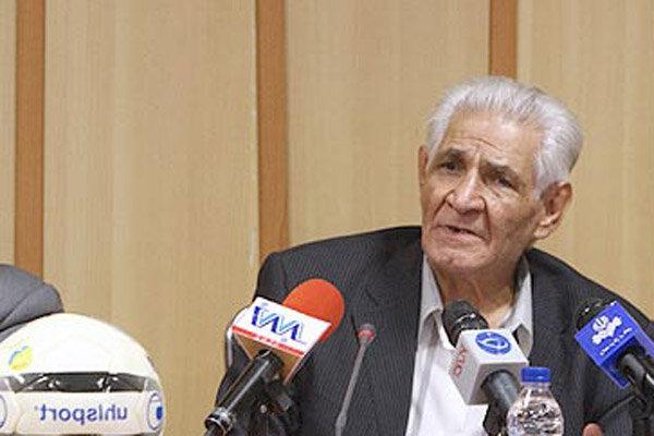 تجلیل از ۵۰ سال فعالیت علی کاظمی در فوتبال ایران