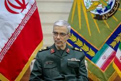 رئيس هيئة الاركان الإيرانية: لو لم يتلق الكيان الصهيوني الدعم من أميركا لكان مآله الانهيار