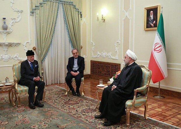 Ruhani, Tahran'da Umman Dışişleri Bakanı'nı kabul etti