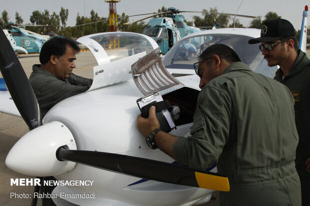 """انضمام 3 طائرات استطلاع حديثة من طراز """"جكاوك""""  الى الاسطول  البحري للجيش الايراني"""
