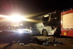 تصادف اتوبوس با تریلی در محور دامغان-سمنان/ یک نفر جان باخت