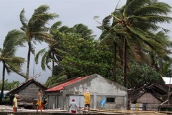 VIDEO: Typhoon Kammuri hits Philippines, kills 4