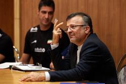 «کرونا» محور گفتوگوی داورزنی و مدیرکل فدراسیون جهانی والیبال
