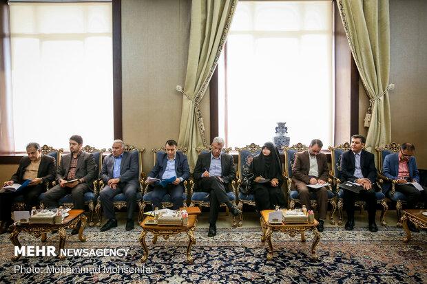 دیدار دیدار وزرای اقتصاد ایران و قرقیزستاناقتصاد ایران و قرقیزستان