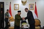 İranlı yetkili Endonezya Devlet Başkan Yardımcısı ile görüştü