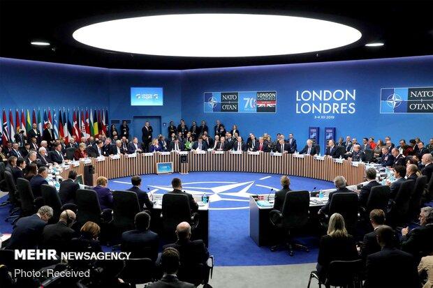 NATO zirvesi öncesi dışişleri ve savunma bakanları gündemi görüşüyor