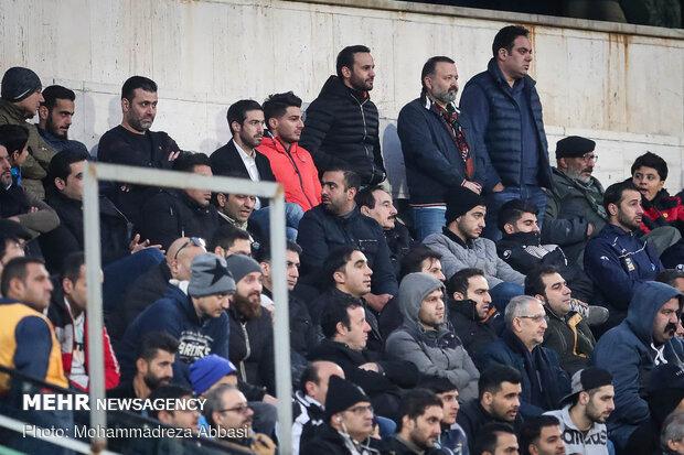 دیدار تیم های فوتبال استقلال تهران و شهر خودرو مشهد