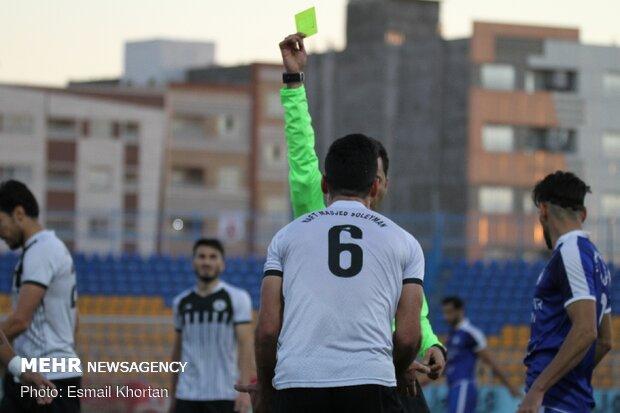 دیدار تیم های فوتبال گلگهر سیرجان و نفت مسجدسلیمان