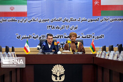 Oman trying to expand economic ties with Iran