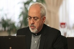 Zarif blames 'US adventurism' over tragic plane incident, offers apologies