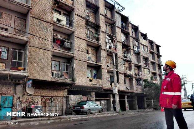 ورود شهرداری خرمشهر برای جابهجایی ساکنان ۶ طبقه