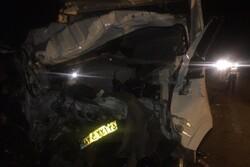 تصادف تریلی و کامیونت در محور دامغان-سمنان/ ۲ نفر جان باختند