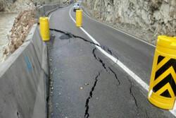 پروژههای بازسازی و مرمت ۳۰۰ کیلومتر از راههای لرستان آغاز شد