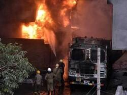دہلی میں ایک فیکٹری میں آگ لگنے سے 43 افراد ہلاک
