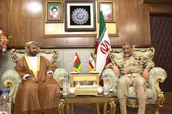 مردم حضور نامشروع استکبار در خلیج فارس و دریای عمان را نمی پذیرند